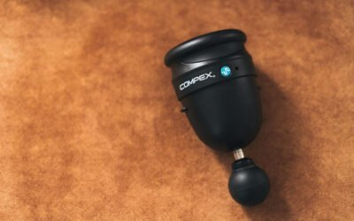 Le COMPEX FIXX Mini adapté à la paume de la main